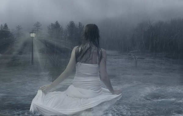 photo_manipulation_Lady_In_The_Water.jpg