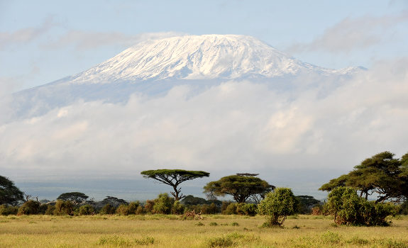乞力馬扎羅山(坦尚尼亞).jpg