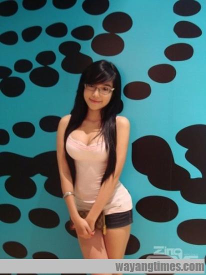 pretty-vietnamese-Elly-Tran-Ha 319.jpg