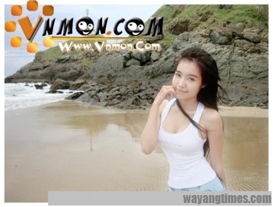 pretty-vietnamese-Elly-Tran-Ha 349.jpg