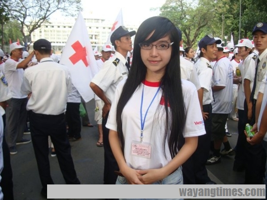 pretty-vietnamese-Elly-Tran-Ha 518.jpg