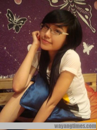 pretty-vietnamese-Elly-Tran-Ha 531.jpg
