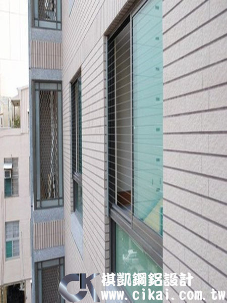 隱形鐵窗1.jpg