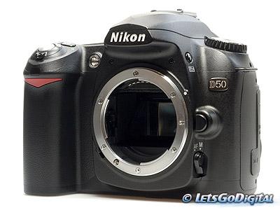 006A_Nikon_D50_SLR.jpg