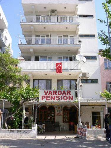 8384_Vardar_Pension.jpg