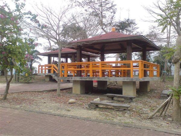 鯉魚潭的涼亭.JPG
