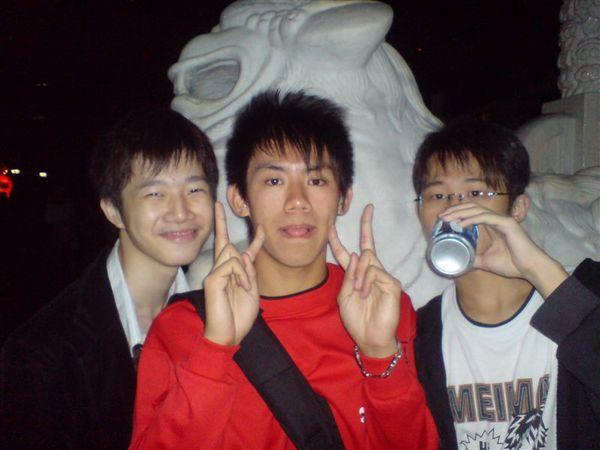 小白.猴子跟蘇皮.JPG