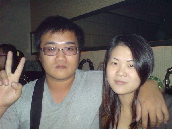 小胖跟他女朋友