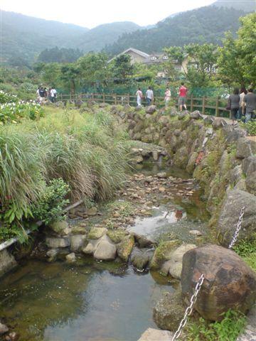 小溪.JPG