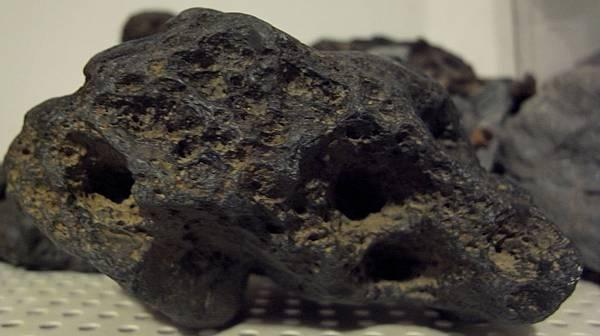 素材石頭23-27 (4).JPG
