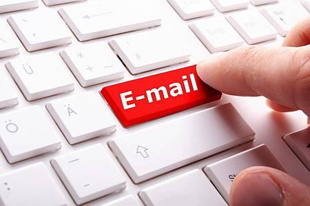《愛情一點通》活用Email暖開男人的愛情胃1