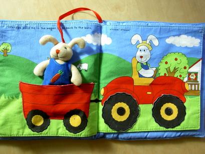 小兔子坐車