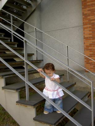 就是愛爬樓梯
