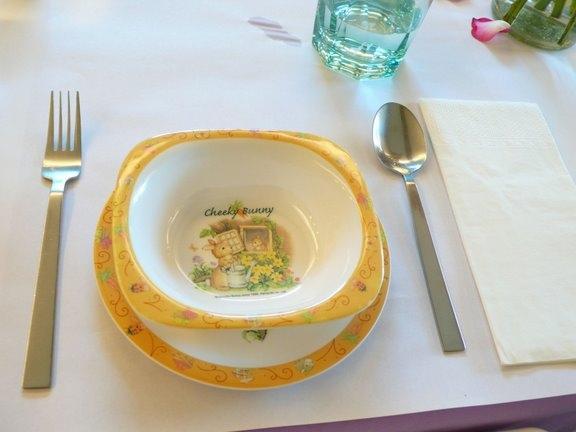小王子花園-為均寶貝準備的餐具.JPG