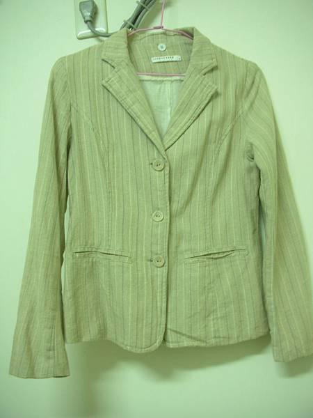 10. [全新]米黃色直條紋休閒西裝外套