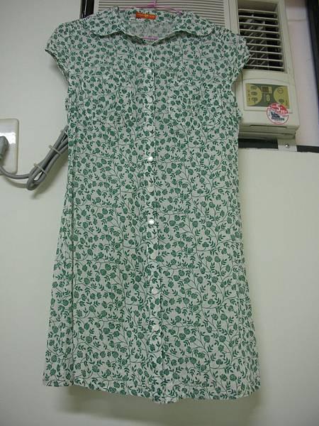 03. 綠玫瑰小包袖長襯衫