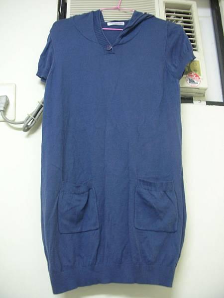 15. Lativ 深藍色連帽短袖長版針織衫/連身裙