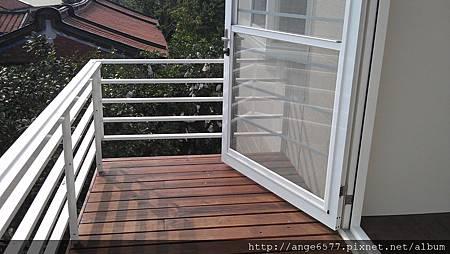 二樓陽台 (2).jpg