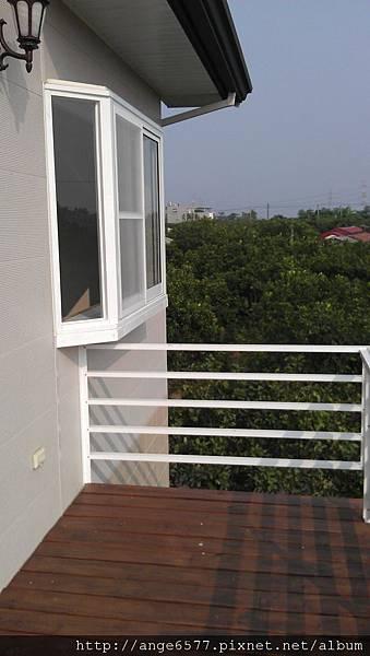 二樓陽台.jpg