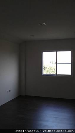 二樓 (6).jpg