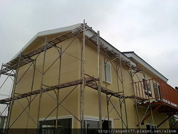 屋後,二樓小陽台.jpg