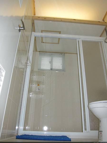 05-2F客房衛浴.jpg