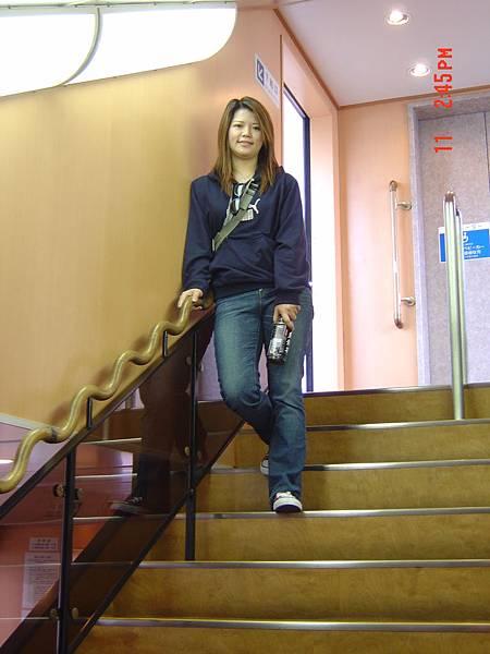 99島-船上階梯下樓梯
