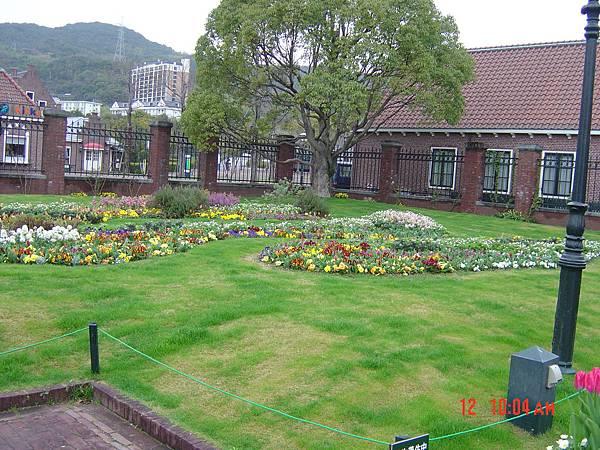 豪斯登堡-入園第一花圃