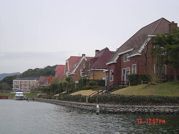 豪斯登堡-遊船河3