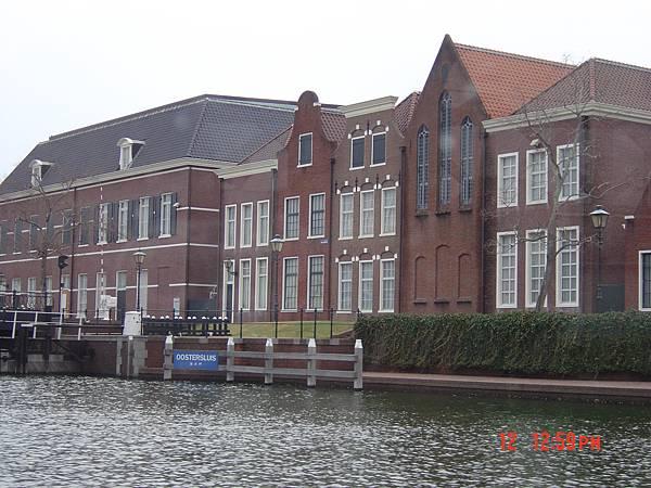 豪斯登堡-遊船河5