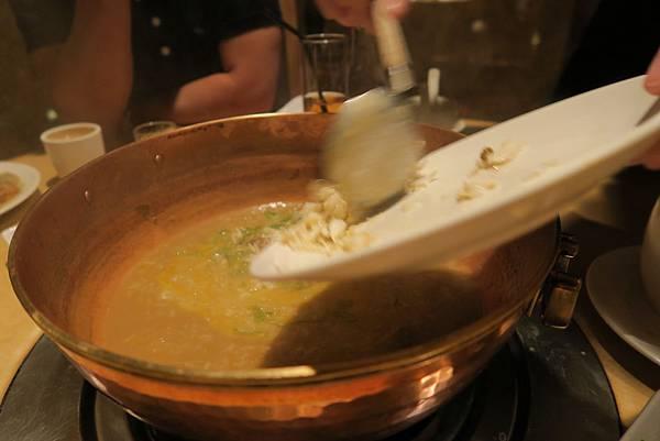 台北 橘色 涮涮鍋 (80).JPG