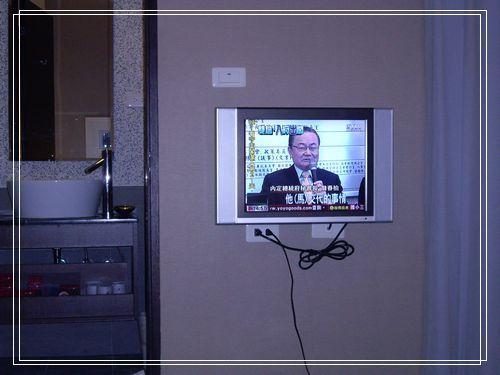 24小液晶電視.JPG