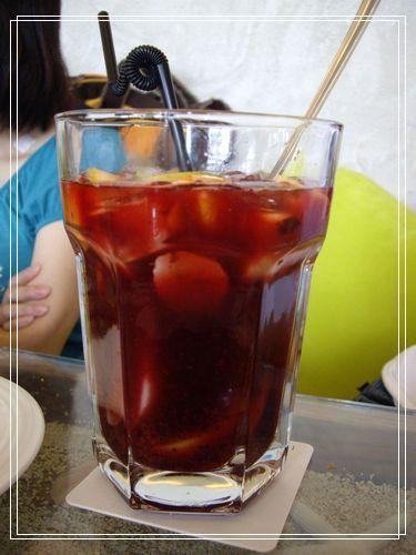 20黑櫻桃水果冰茶.JPG