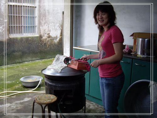 66煮飯的大鍋.JPG