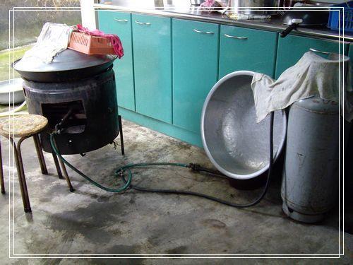 67煮飯的大鍋.JPG