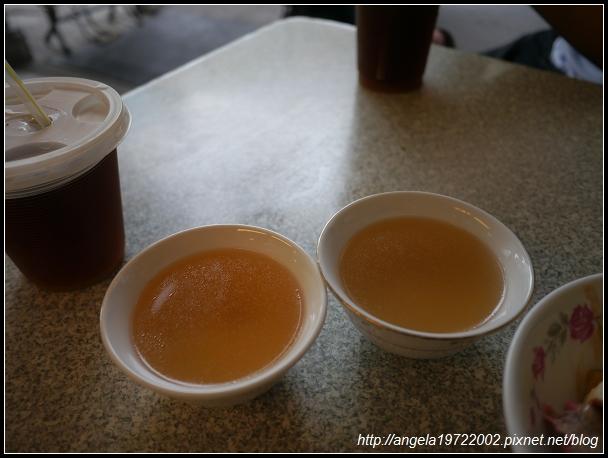 2012Tour-D2-台南小吃 (34)