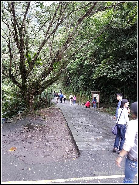 20121102五峰奇瀑布02