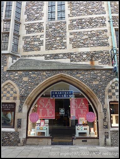 020-Cambridge Shop.jpg