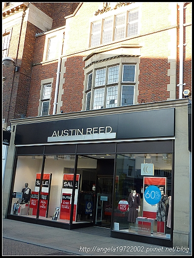 010-Cambridge Shop.jpg