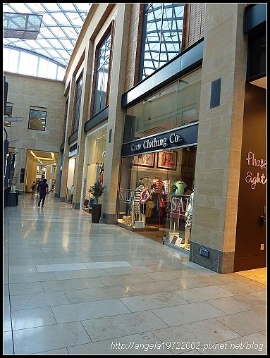 050-Cambridge Shop.jpg