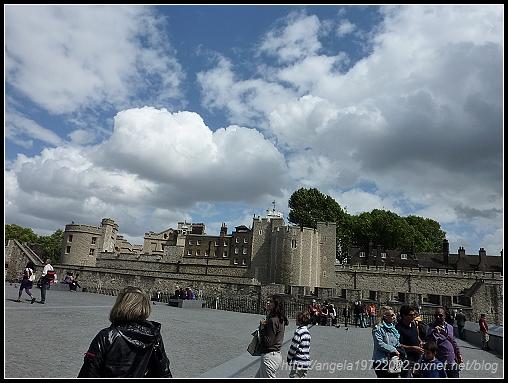 2-London Tower25.jpg