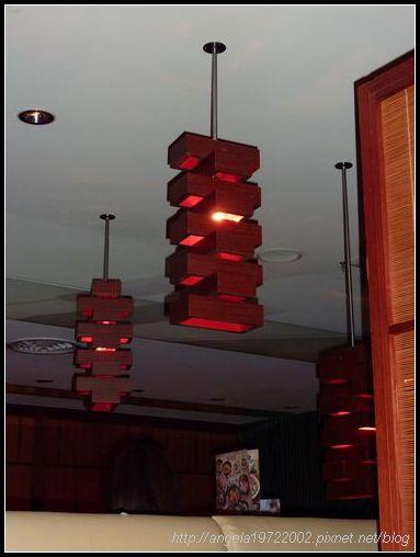 04燈飾.JPG