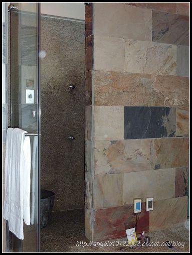 140浴室.jpg