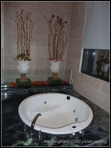 266浴缸.jpg
