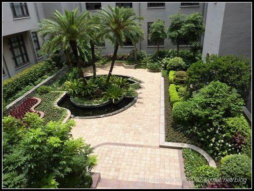 20另一邊的中庭花園.JPG