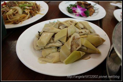 04鱘龍魚餐.jpg