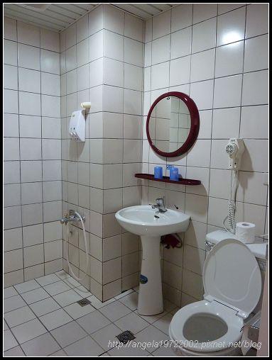 38簡單的浴室.jpg