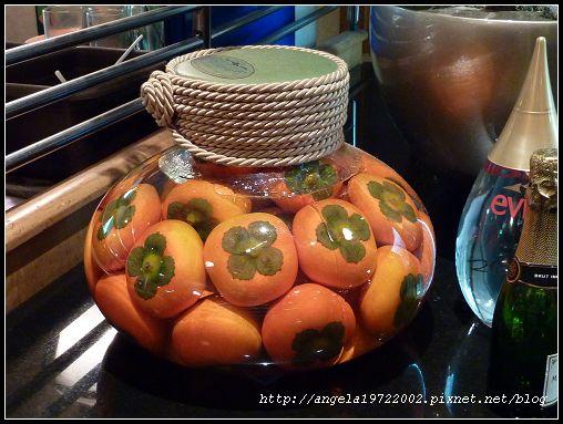 06水果瓶.jpg