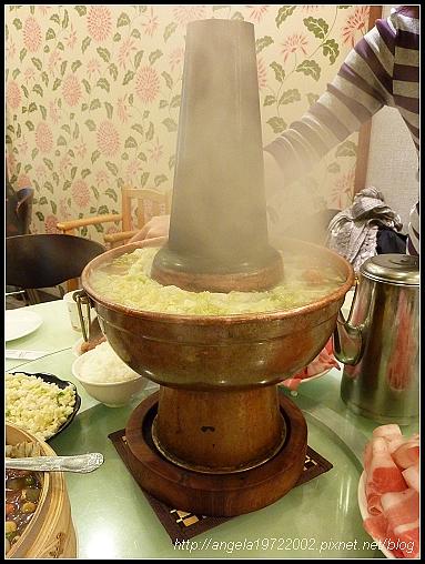 24酸菜白肉鍋.jpg