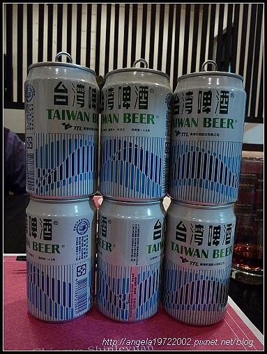 25中場啤酒戰果.jpg